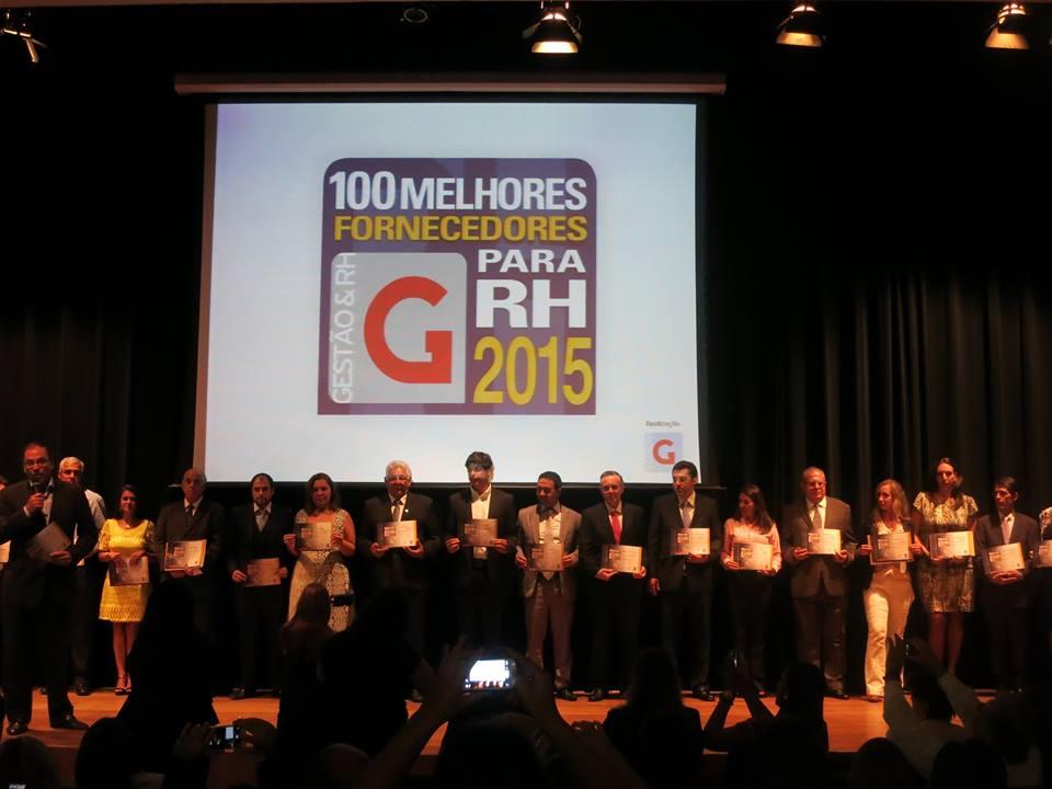 """Entrega do certificado """"100 Melhores Fornecedores para RH 2015"""""""